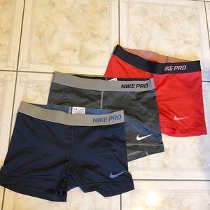 🌟Nike pro  shorts! 🌟